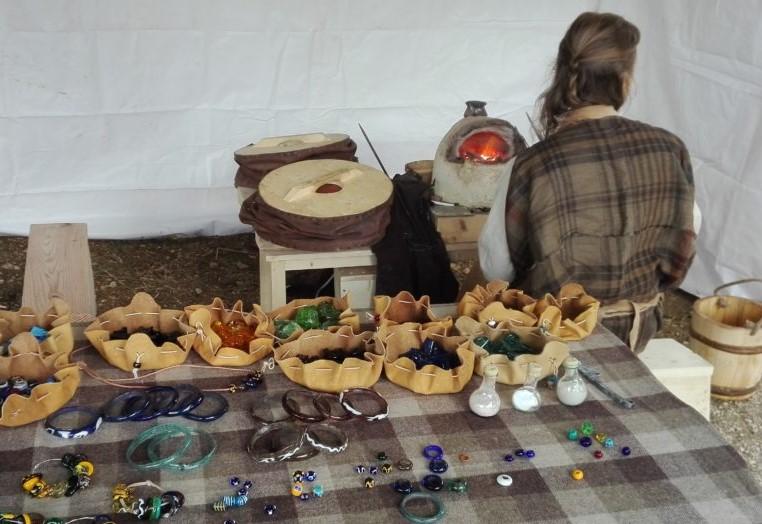 L'atelier de verrier gaulois de Mandeure-Mathay par Atelier Cobalt.