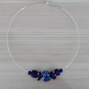 Perles historiques sur colliers contemporains / historical beads on modern necklace
